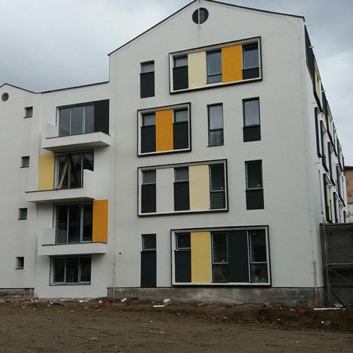 Santier. Primul bloc de locuinte din ansamblul rezidential Parc Babes, garsoniere si apartamente 2 camere
